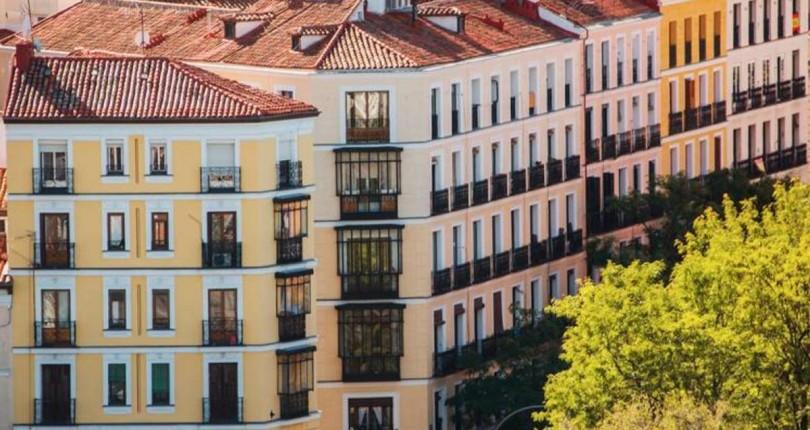 El reloj inmobiliario de CaixaBank marca la vuelta al ciclo alcista de la vivienda en 2022